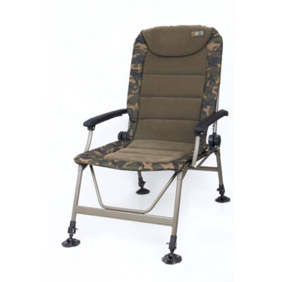 FOX R3 Camo Recliner Chair horgászfotel